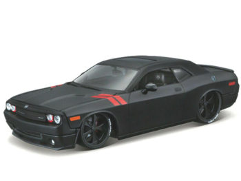 Maisto 32529 Modern Muscle 2008 Dodge Challenger SRT8 1:24 Matte Black