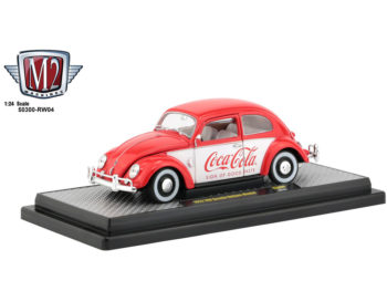 M2 Machines 50300 RW04 Coca Cola Coke 1952 Volkswagen Beetle Deluxe 1:24 Red White
