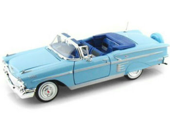 Motormax 73267 1958 Chevrolet Impala Convertible 1:24 Light Blue