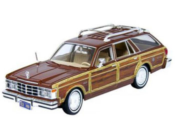 Motormax 73331 1979 Chrysler Lebaron Town & Country 1:24 Brown