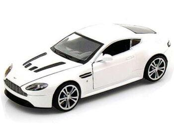 Motormax 73357 Aston Martin V12 Vantage 1:24 Pearl White