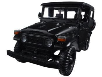 Motormax 79323 Toyota FJ 40 1:24 Matte Black