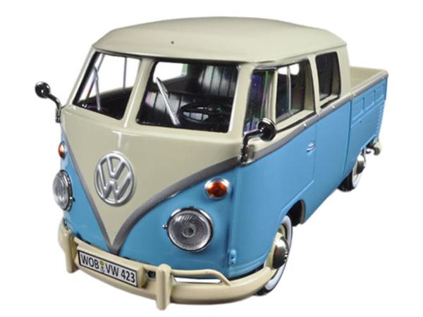 MotorMax 1:24 cream VW Volkswagen T1 Type II with trailer pink