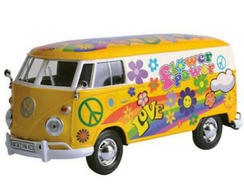 Motormax 79575 Volkswagen Type 2 T1 Delivery Van Flower Power 1:24 Yellow