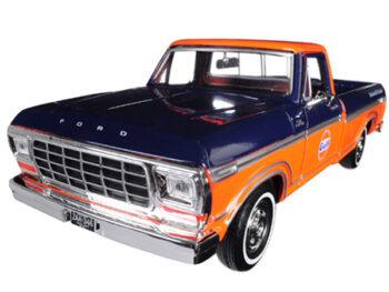 Motormax 79652 1979 Ford F-150 Custom Pickup Truck 1:24 Gulf Dark Blue and Orange