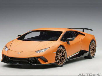 AUTOart 79152 Lamborghini Huracan Performante 1:18 Arancio Anthaeus / Matt Orange