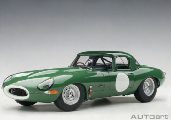 AUTOart 73648 Jaguar Lightweight E-Type 1:18 Opalescent Dark Green