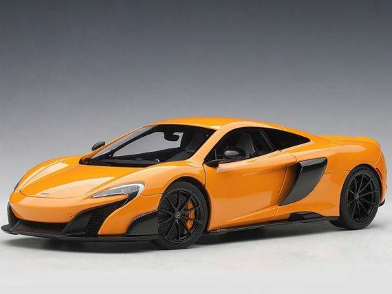 AUTOart 76048 McLaren 675 1:18 McLaren Orange