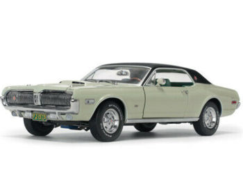Sun Star 1573 1968 Mercury Cougar XR7G 1:18 Seafoam Green