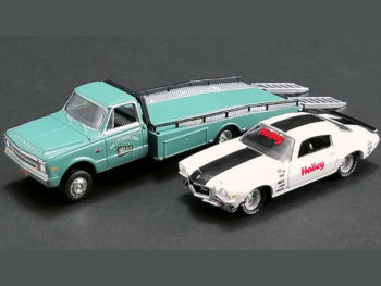 Greenlight 51247 Holley Speed Shop 1967 Chevy Ramp Truck Green & 1971 Camaro White 1:64