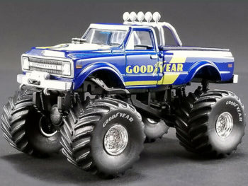Acme Greenlight 51267 Bigfoot Monster Truck 1970 Chevy K-10 1:64 Goodyear Tires