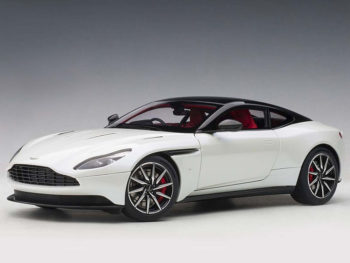 AUTOart 70266 Aston Martin DB11 1:18 Morning Frost White